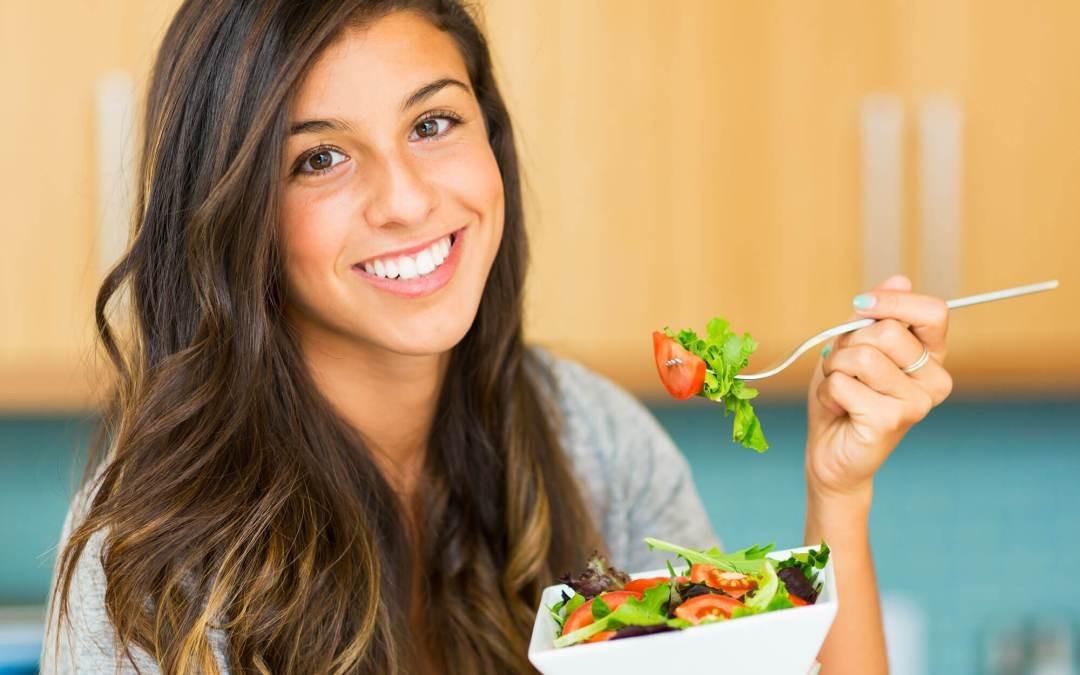 ¿Cómo puede la nutrición ayudarme a mejorar el síndrome de ovario poliquístico?