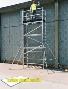 folding-scaffold-tower