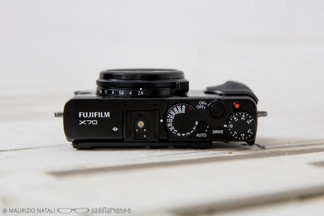 fujifilm-x70-top