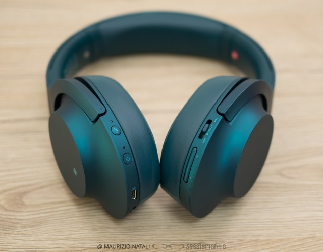 sony-MDR-100ABN-3