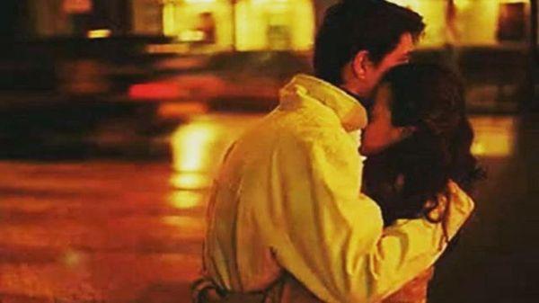 Otuz küsürlü yaşlarda çıktın karşıma,Bir çocuk yüreği yükledin,Nasır tutmuş duygularıma,Bir intihar arifesinde çekip aldın,Katran karası yalnızlığımdan,Sicilime işlenmemiş sevdalara,Tutukluyum şimdilerde,Ey benim yasak sevdam,Korkularını koynuna koymaktan vazgeç bu gece,Nasıl adanırsa öyle adadım sabahlarımı sana…Sinan Yıldızlı/Sahildeki Şair#Şair#Şiir #şiirsokakta#söz #edebiyat #yeni #ask #beklemek #yasak #nefret #yoksun #busozlercokguzel #kitapkurdu #kitaplık #Şiirheryerde #repost