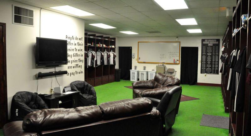 Coaches Locker Room: Building a Resume