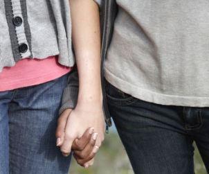 La edad de la primera Experiencia sexual determina el exito de relaciones futuras