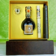 Aceto Balsamico Tradizionale Selezione Limitata 50 anni Francobollo (FILEminimizer)