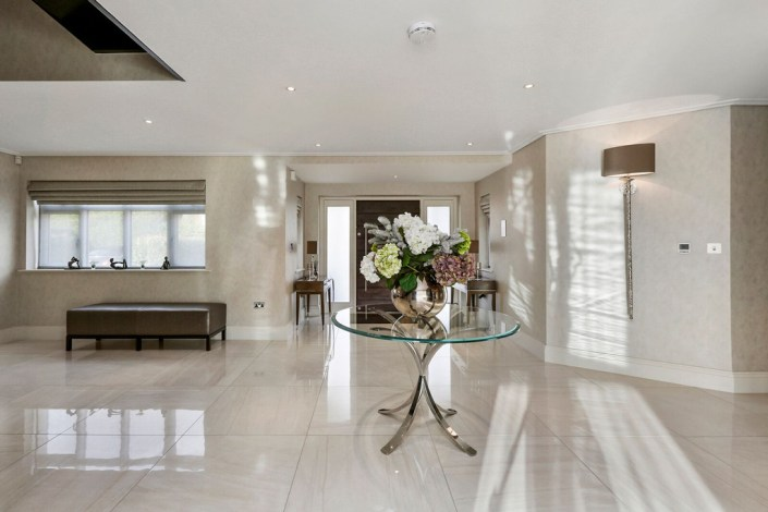 Reception room lighting by Sam Coles Lighting