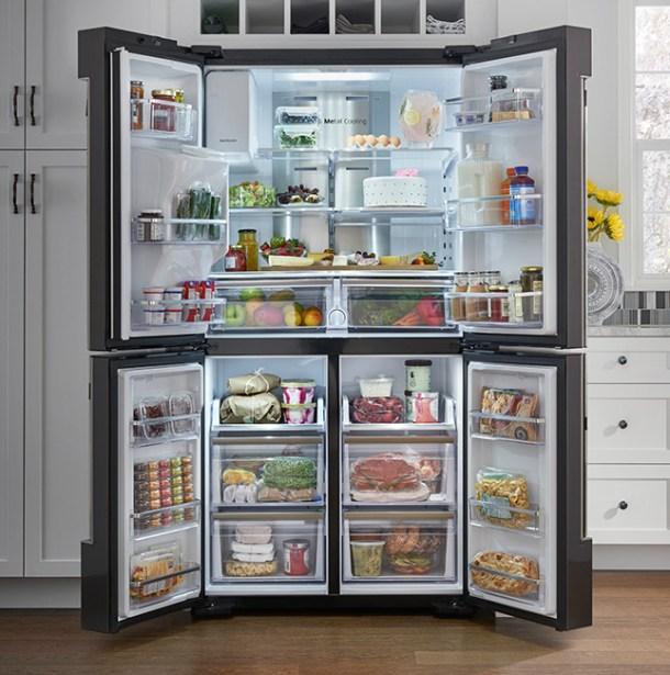 Samsung Family Hub Smart Refrigerator 02
