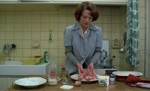 1975, Chantal Akerman - Jeanne Dielman, 23, Quai du Commerce, 1080 Bruxelles.