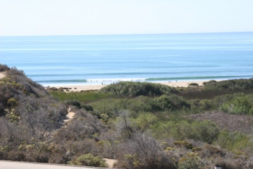 Surf: A man was pronounced dead after seen struggling in the water at Upper Trestles on Saturday, Dec. 1. Photo: File