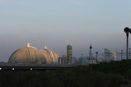 Southern California Edison has selected a new vendor for its soon to be expanded spent fuel storage at the San Onofre Nuclear Generating Station. Photo: Andrea Swayne