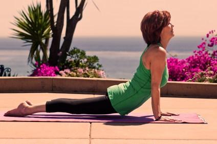Casa_Wellness_Sunset_Yoga_1600x800