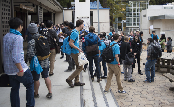 HuffPo: A Clash of Codes at Hack UCSC 2015