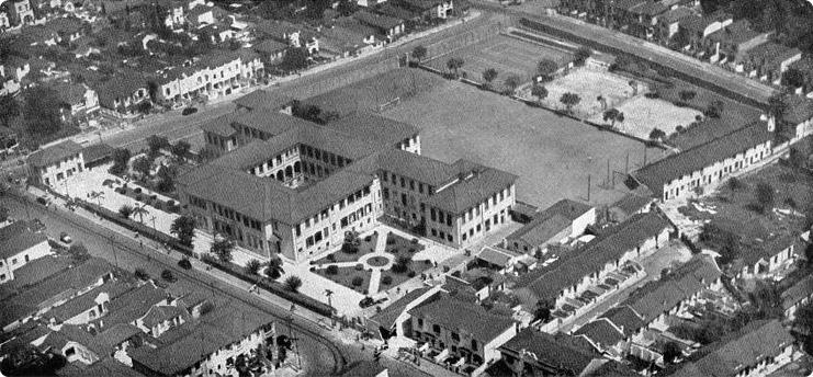 Vista aérea do Liceu na década de 50.