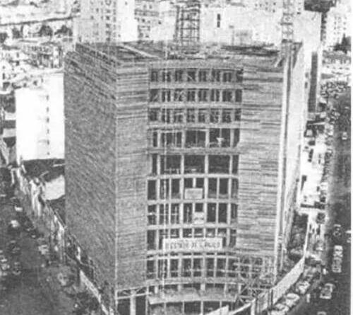 Construção do Hotel em 1952