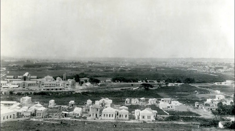 Bairro de Santana em 1920. Foto da Biblioteca Municipal Auto Sant'Anna.