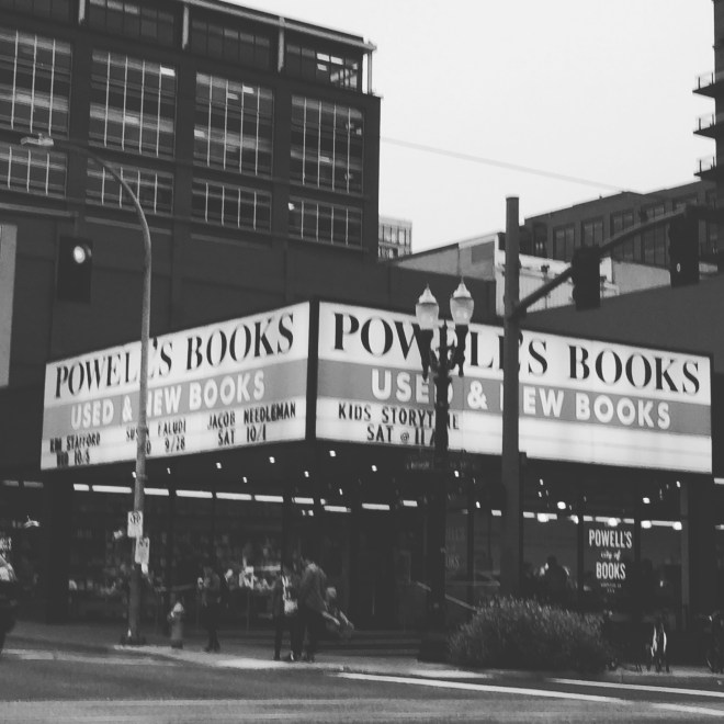 powells-bookstore-portland-oregon
