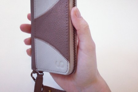 Looptworks: Shiji iPhone Wristlet Review