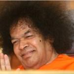Swami bendiciendo slide