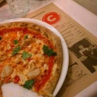Aikataulutonta pizzan nauttimista