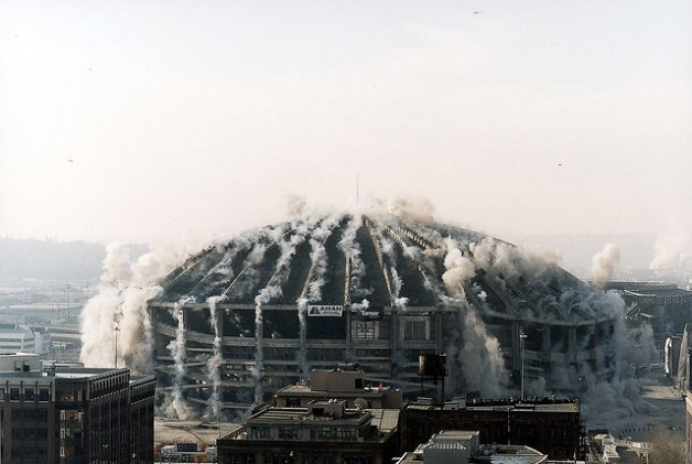 seattle kingdome implosion
