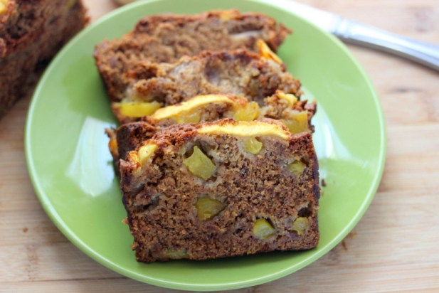 Banana Pineapple Bread (Vegan)