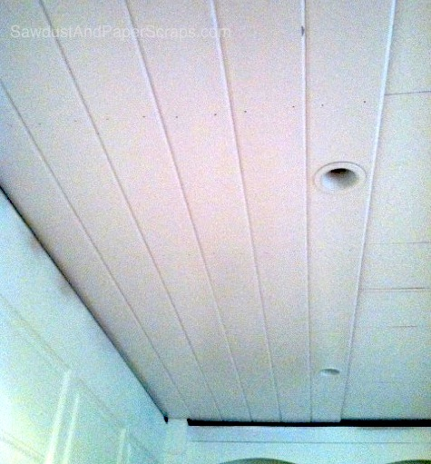 Installing a plank ceiling