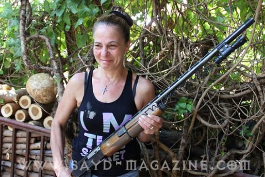 الصيادة الأرمنية لويزا جلقيان : قتلت 19 خنزيراً برّياً .. ونساء عنجر طلبن منّي تدريبهن لمواجهة داعش..
