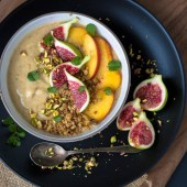 Peaches and Cream Smoothie Bowl With Toasted Oat Crumble