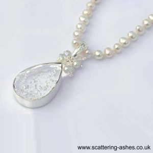memorial glass oval ashes into galss neckless pendant sq