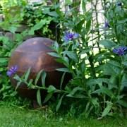 Garden Memorial Waterurn : Bronze garden urn