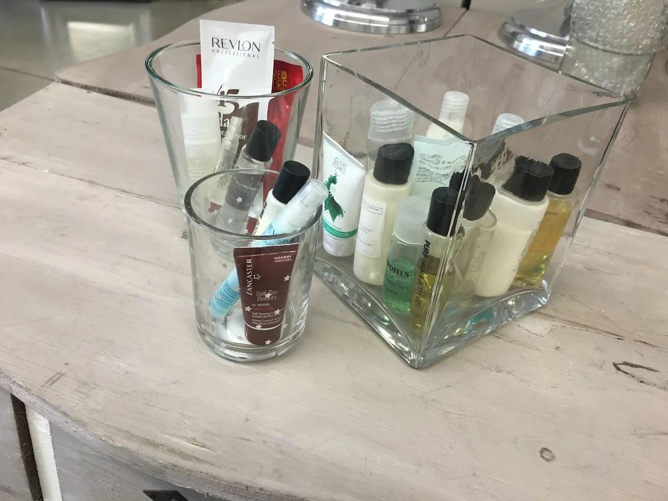 Vasen als Kosmetik Aufbewahrung