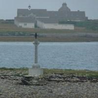 Dernière vue du monastère du Golgotha, tandis que le ferry pour Kirkwall s'éloigne