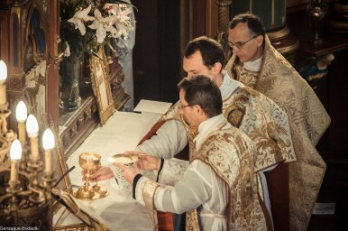 11-Immaculée Conception 2013 - offrande du pain à l'offertoire