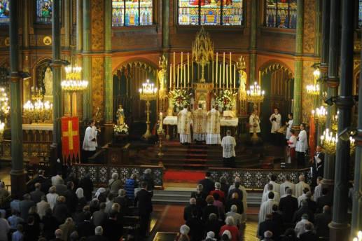 Une partie de l'assistance à la messe solennelle en l'honneur de saint Louis