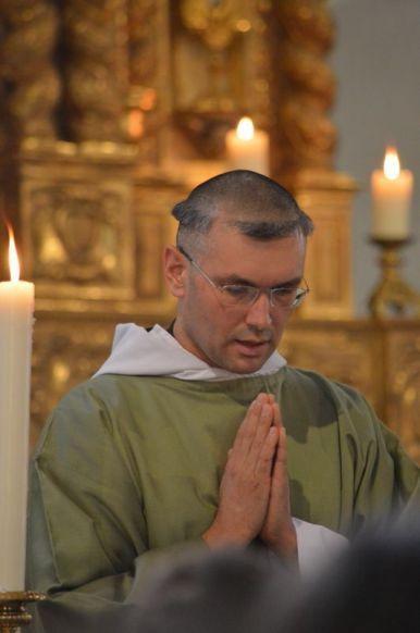 08 - Messe en la collégiale Saint-Martin de Bollène - chant de l'évangile par le diacre