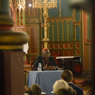Son Eminence le cardinal Sarah à Saint-Eugène 04