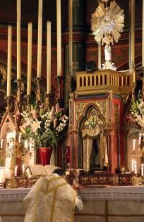 21-Messe de reposition des Quarante-Heures coram Sanctissomo - avant la communion des fidèles