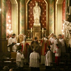 Station à l'autel de saint Eugène