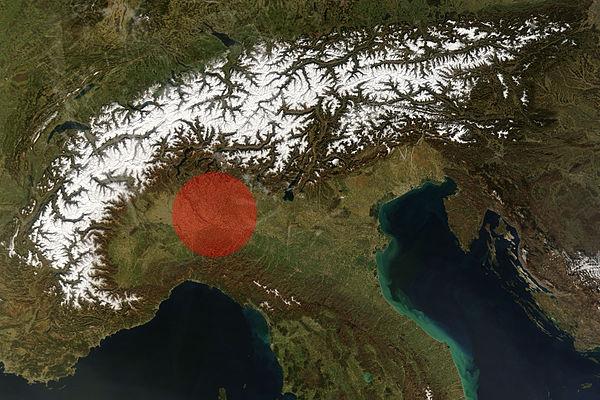 Se una bomba da 50megaton fosse sganciata su Milano, questa sarebbe la zona all'interno della quale non rimarrebbe nessun edificio in piedi.