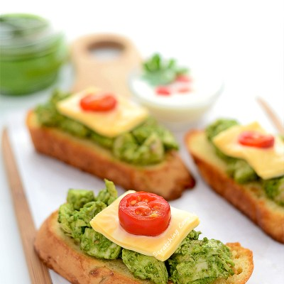 Pesto Chicken Bruschetta