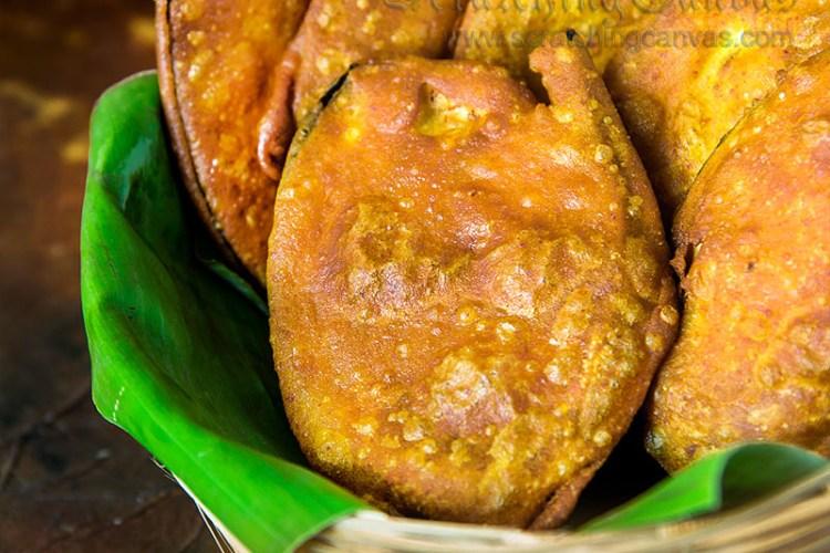 BEGUNI   BENGALI Telebhaja   Eggplant Fritter   Batter Fried Brinjal