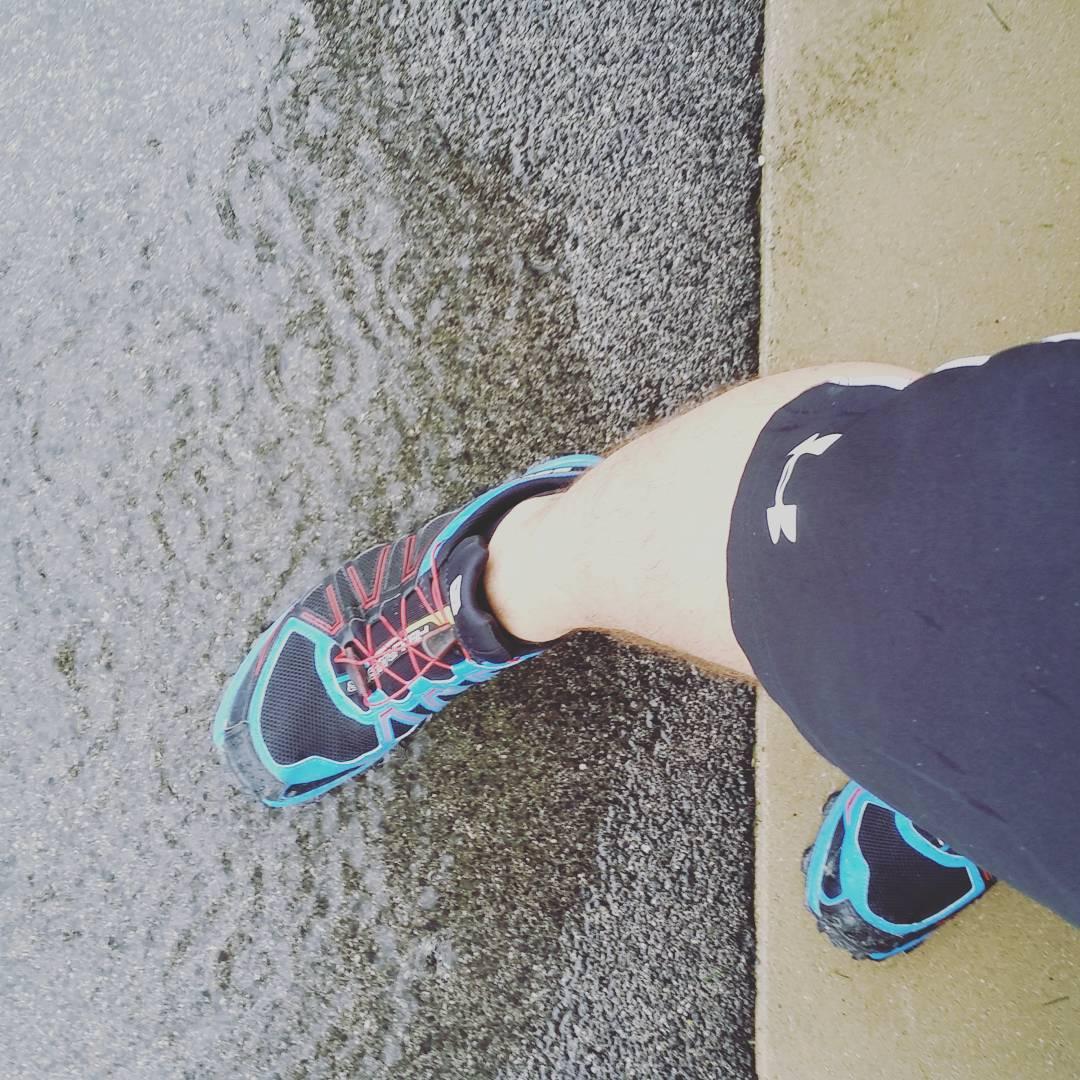 Let's go! Keep running! #strava #runnerdrun #salomon #UnderAmour