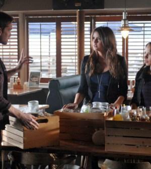 """Lucky"" Pictured (L-R): Adam Harrington, Shelley Hennig & Jessica Parker Kennedy. Photo © Sergi Bachlakov/The CW"