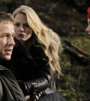 "ONCE UPON A TIME- ""Red Handed"" Pictured Josh Dallas, Jennifer Morrison, Meghan Ory. ©ABC Television Network"