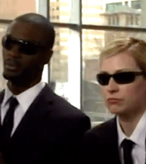 Aldis Hodge and Beth Riesgraf in LEVERAGE (Image © TNT)