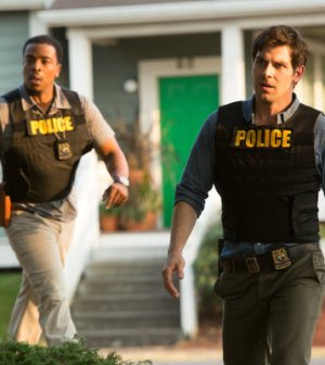 (l-r) Russell Hornsby as Hank Griffin, David Giuntoli as Nick Burkhardt -- (Photo by: Scott Green/NBC)