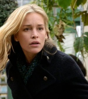 Piper Perabo as Annie Walker -- (Photo by: Steve Wilkie/USA Network)