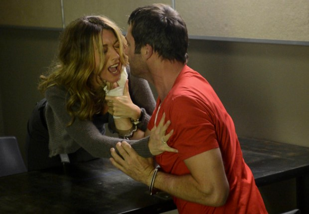 """Joe Carroll (James Purefoy, R) gets too close to his ex-wife, Claire Matthews (Natalie Zea, L),  in the """"Chapter Two"""" episode of THE FOLLOWING airing Monday, Jan. 28 (9:00-10:00 PM ET/PT)"""