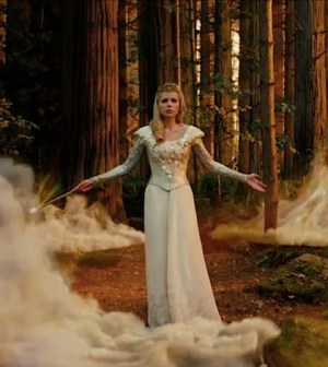 Michelle Williams as Glinda in Oz The Great and Powerful (Image © Disney)
