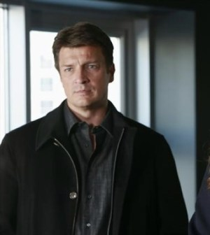 (ABC/RON TOM) NATHAN FILLION