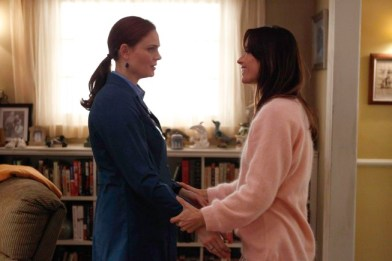 """ONES:  While hospitalized after being shot, Brennan (Emily Deschanel, L) struggles with visions of her mother (guest star Brooke Langton, R) in the """"The Shot in the Dark"""" episode of BONES airing Monday, Feb. 11 (8:00-9:00 PM ET/PT) on FOX. ©2013 Fox Broadcasting Co. Cr: Jordin Althaus/FOX"""